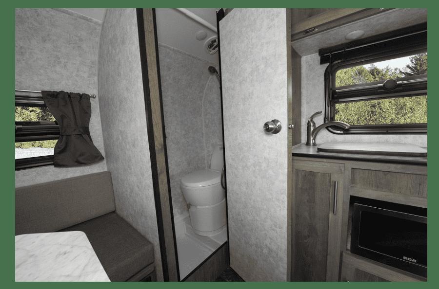 28-roulotte-voyage-legere-petit-vus-plus-populaire-meilleur-vendeur-roulotte-prolite-lounge